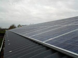Zonnepanelen op het dak in Bunnik