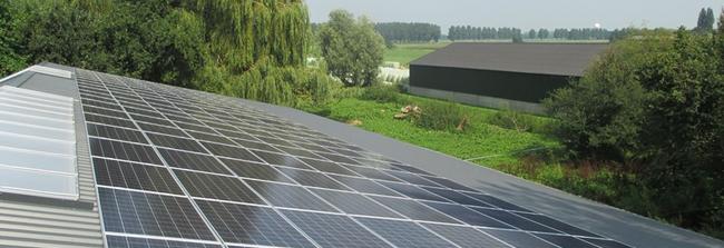 Wat kost een zonnepaneel zonnepanelen op het dak bv for Wat kost een professionele behanger