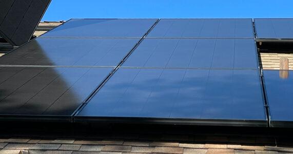 Salderingsregeling: deel eigenaren zonnepanelen kan langer salderen door vertraging wetsvoorstel